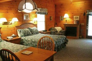 Fields-of-Home-Lodge-and-Cabins-Bedroom
