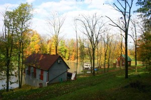 Pleasant-Valley-Lakeside-Cottage
