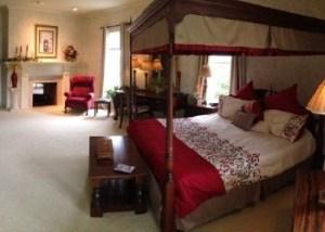 miller-manor-master-bedroom